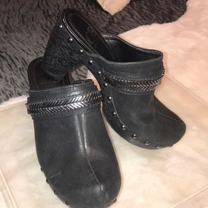 Gianni Bini Black Clogs